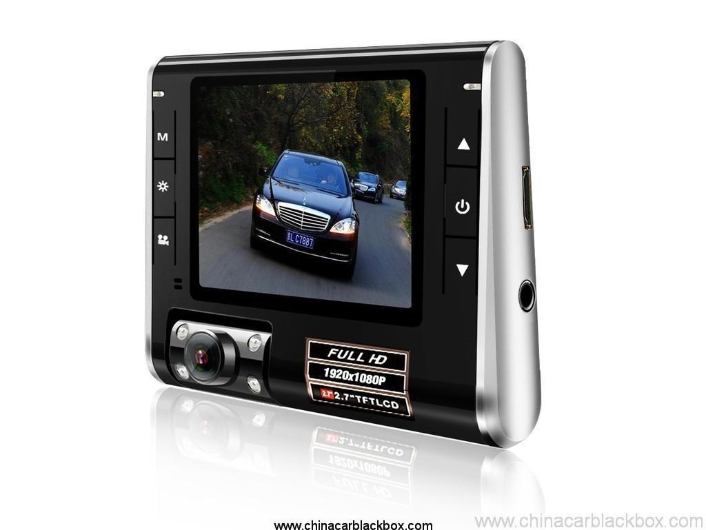 Car Dvr with 270 degree rotation and HDMI Out